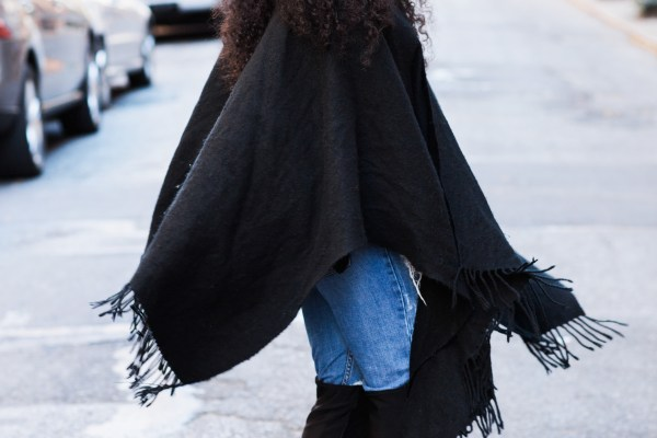 Kaylah-Burton-Style-Me-Twice-NYC-Style-NYC-fASHION-bloggers-Over-the-knee-boots-Blanket-Cape