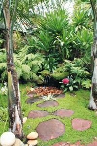Idea for Tropical Backyard Garden Style