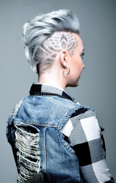 Bob Kapsel Blonde 45 Undercut Hairstyles With Hair Tattoos For Women