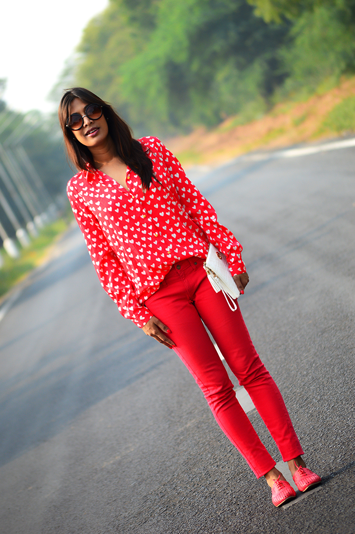Fashion, Style, Fashion Photography, Street Style, Fashion Blogger, Indian Fashion Blogger, Style Over Coffee, Casual wear, Mango Jeans, Colored Denim, Retro Sunglasses,