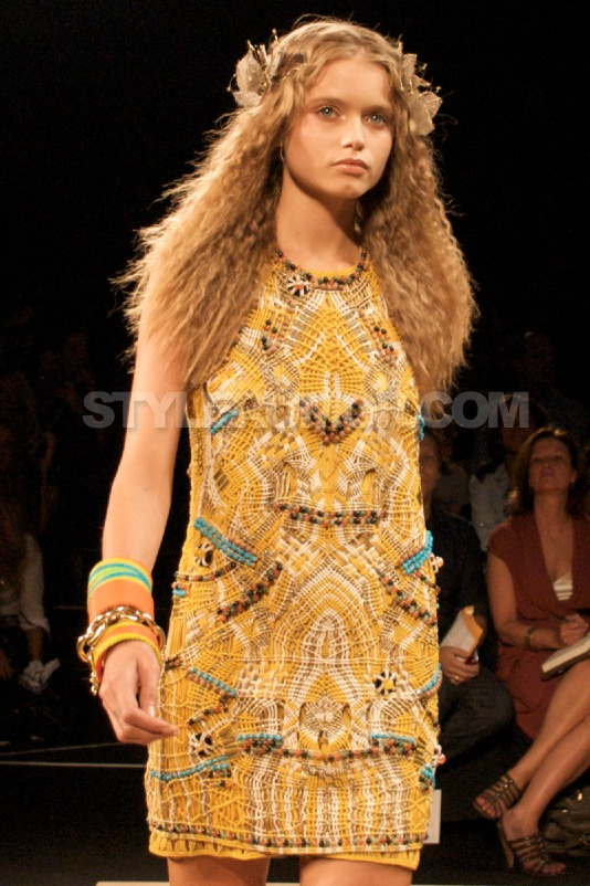 diane-von-furstenberg-spring-summer-2010-collection-11