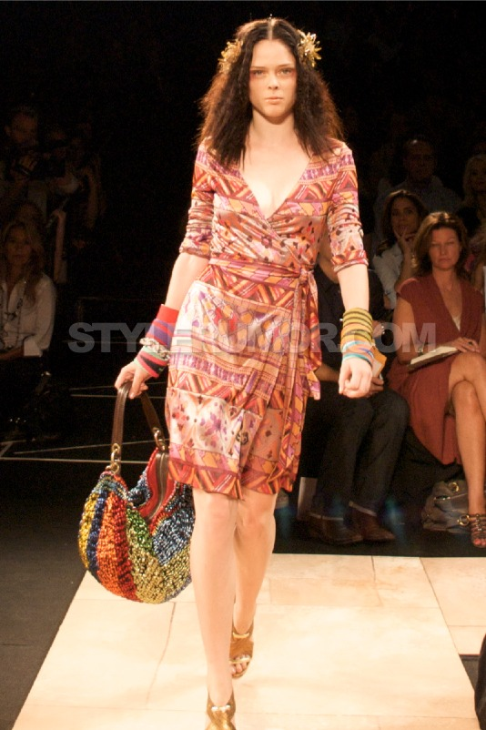diane-von-furstenberg-spring-summer-2010-collection-46