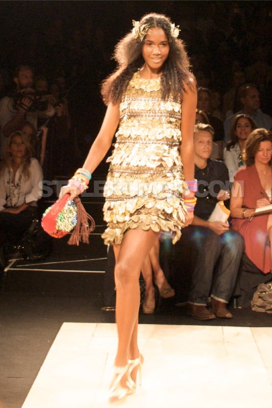 diane-von-furstenberg-spring-summer-2010-collection-54