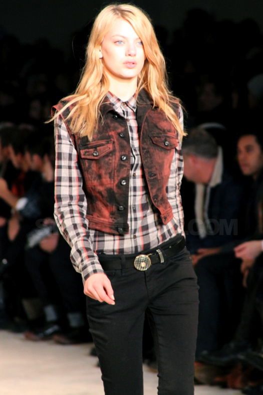 diesel-black-gold-fall-winter-2010-collection-23