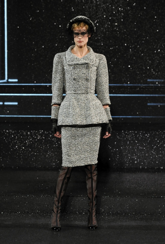 Chanel Haute Couture Fall Winter 2011 Collection 1