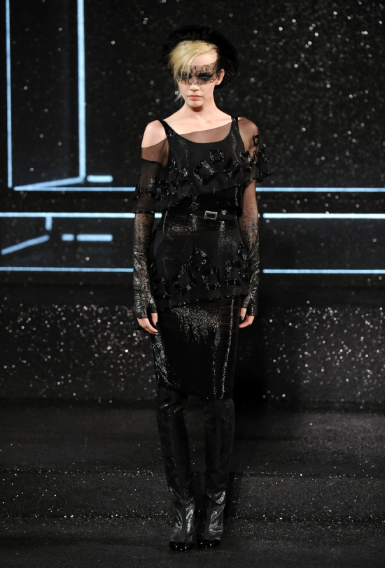 Chanel Haute Couture Fall Winter 2011 Collection 41