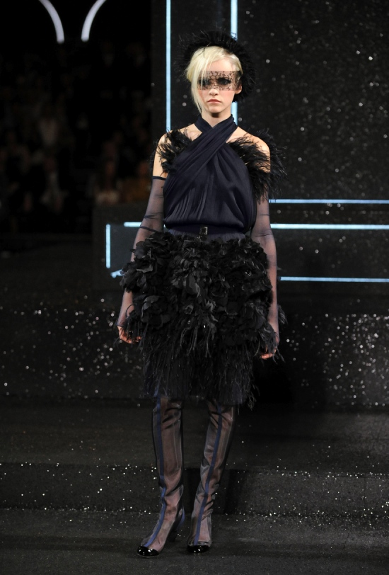 Chanel Haute Couture Fall Winter 2011 Collection 44
