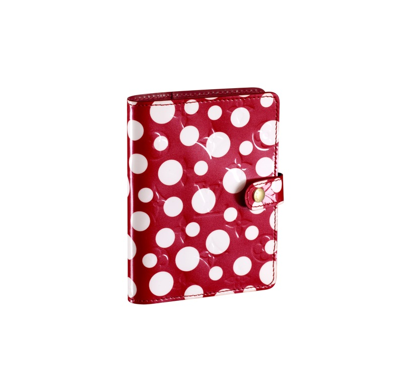 Yayoi Kusama Louis Vuitton Small Cover Agenda Monogram Vernis Dots Infinity red