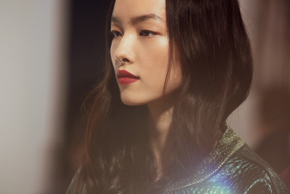 Burberry Beauty Backstage at the Burberry Prorsum Spring Summer 2013 Womenswear show 11