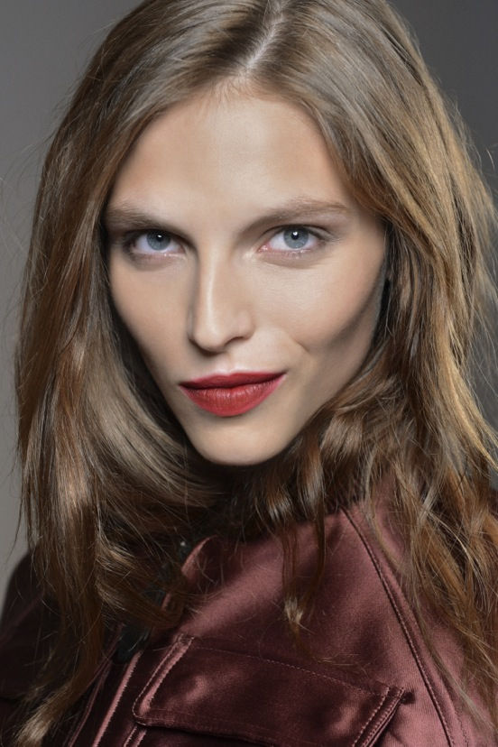 Burberry Beauty Backstage at the Burberry Prorsum Spring Summer 2013 Womenswear show 7