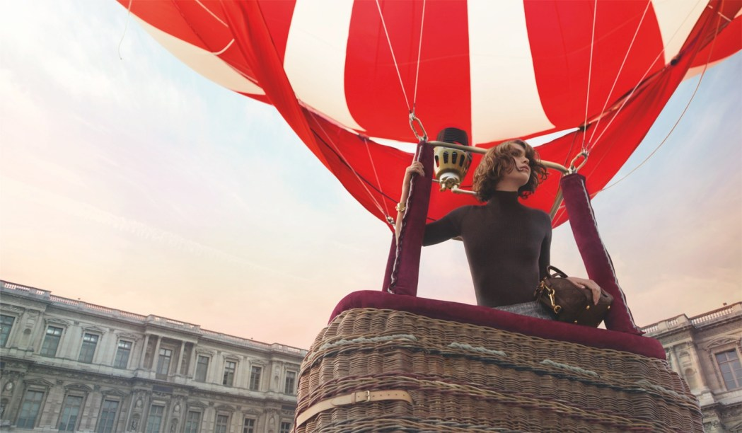 Invitation-Au-Voyage-The-Louis-Vuitton-Advertising-Campaign-Film-by-Inez-and-Vinoodh-featuring-Arizona-Muse-2