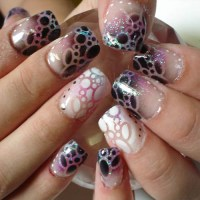 9 Best Airbrush Nail Art Designs with Pictures | Styles At ...