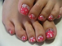 9 Simple and Easy Toe Nail Art Designs for Beginners
