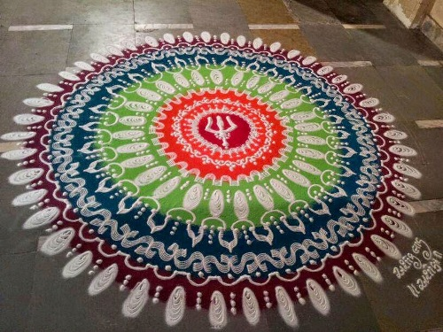 9 Most Decorative Rangoli Designs for this New Year 2019 Styles At