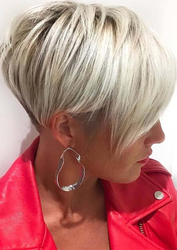 Short Hairstyles For Women Over 40 Trendy Pixie Haircuts With Blonde Highlights To Try In