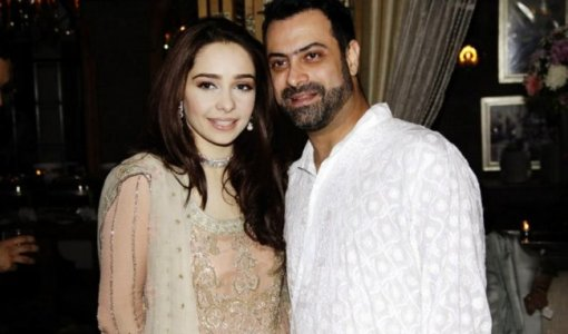 Actress Juggan Kazim Mehndi Barat Wedding walima Pictures 2013 With Feisal Naqvi 10