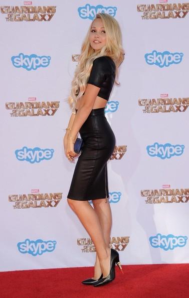 Kelli Berglund Goes Blonde