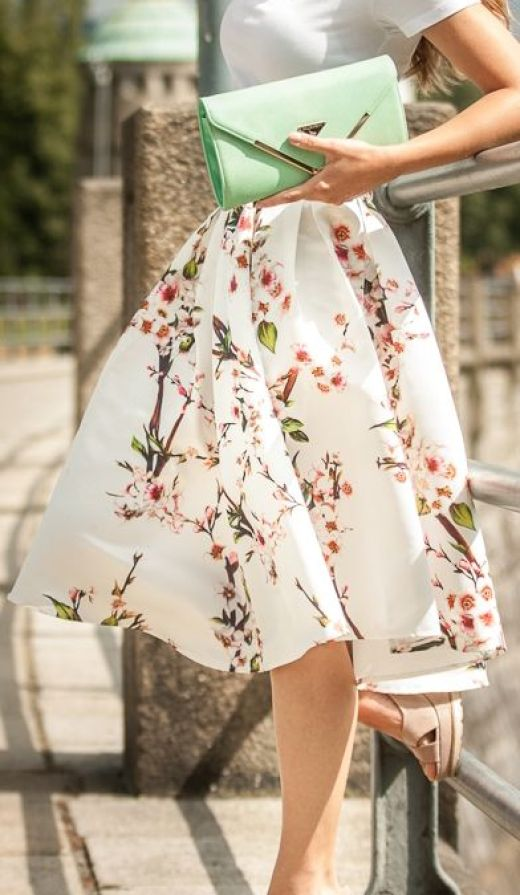 16 Super Stylish Skirt Outfits for Summer