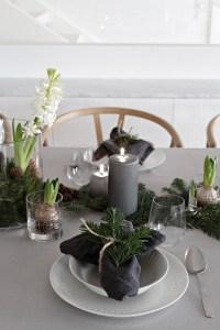 An easy Christmas table setting   Stylizimo