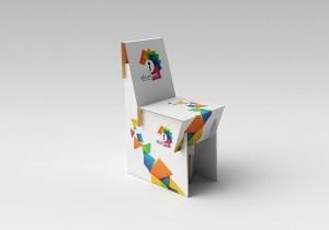 Chaise en carton