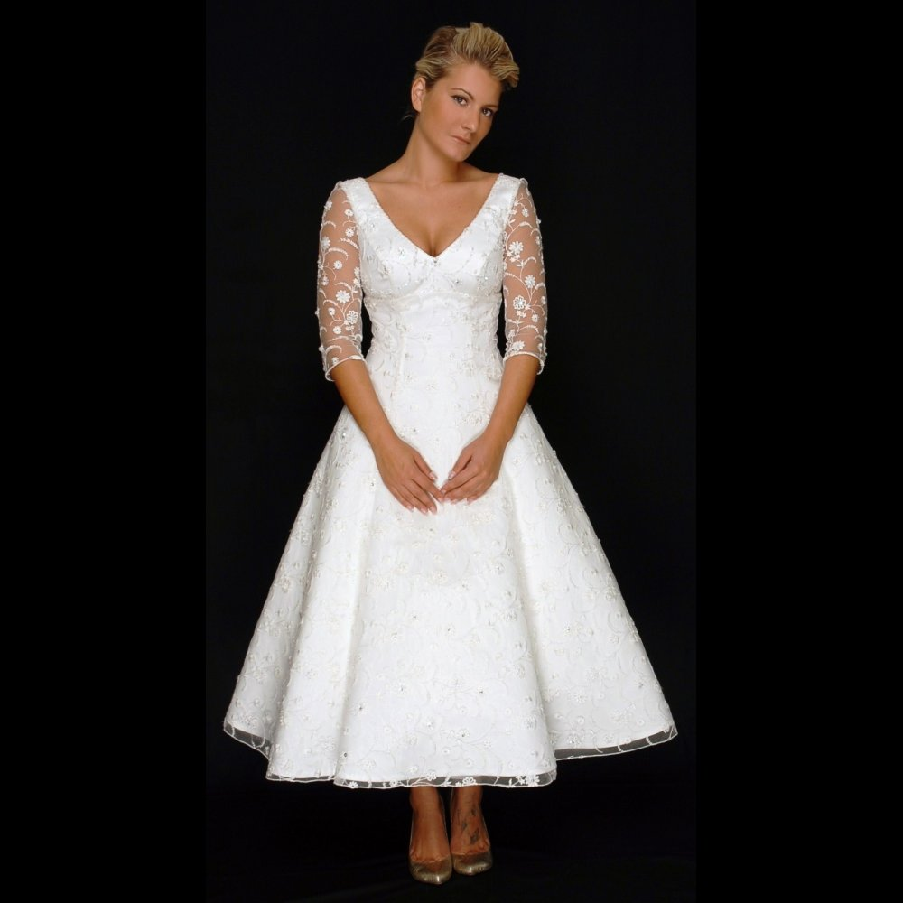 wedding dresses for older brides with sleeves second wedding dresses Wedding Dresses For Older Brides With Sleeves 16