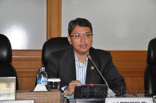 Kinerja Mengecewakan, Wakil Ketua DPRD DKI Ini Sebut Ahok dengan Gubernur Angin Ribut