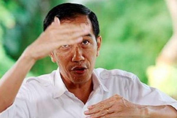 Ecky: Jokowi Tinggalkan IMF dan Bank Dunia, Tapi berhutang ke Tiongkok
