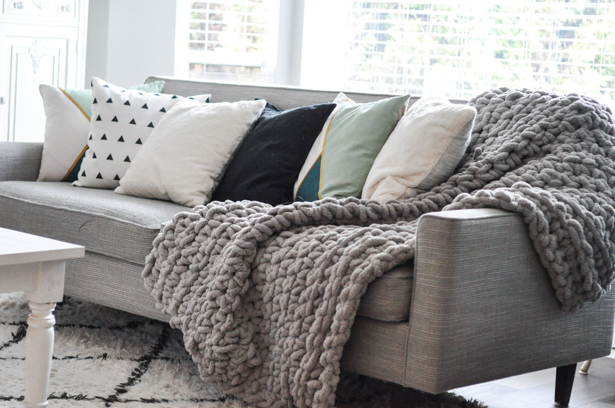 Big Couch Throw Crocheted Chunky Throw Blanket Suburble