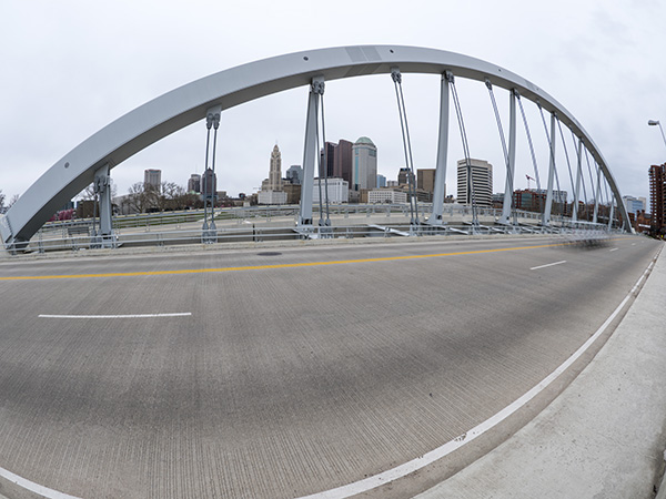 mian street bridge columbus ohio photo