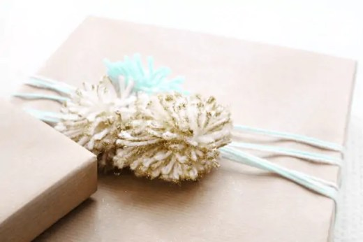 DIY pom gift wrap ideas