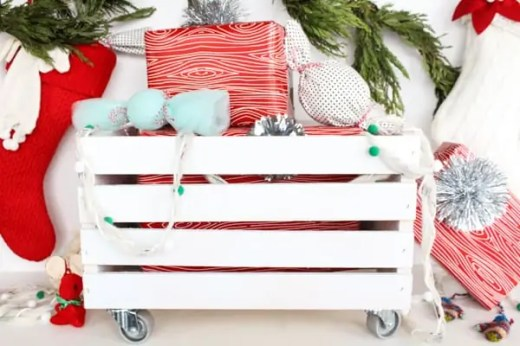DIY wheeled crate for presents!