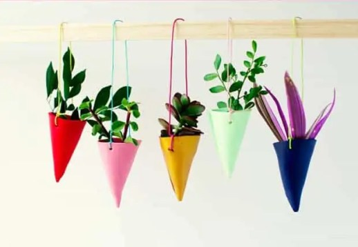 DIY Miniature Hanging Garden by Penelope and Pip