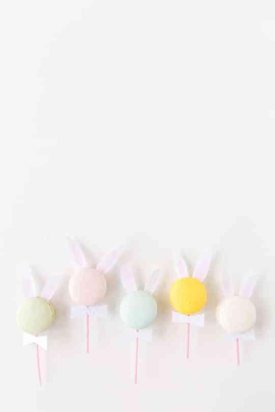 DIY bunny ear macarons