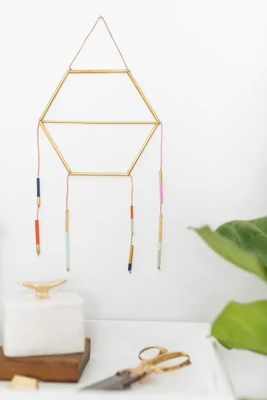 modern metallic dreamcatcher DIY | sugarandcloth.com