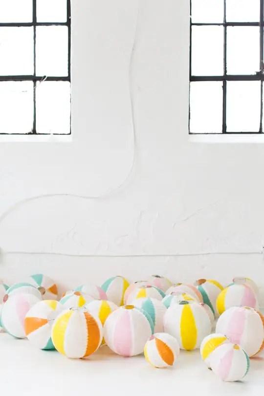 DIY beach ball back drop   sugar & cloth