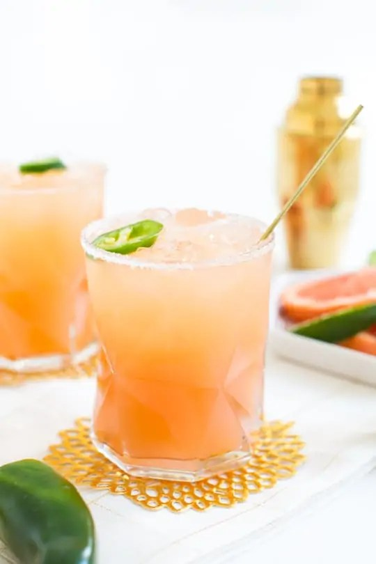 simple spicy paloma recipe #sipsforsummer - Sugar & Cloth