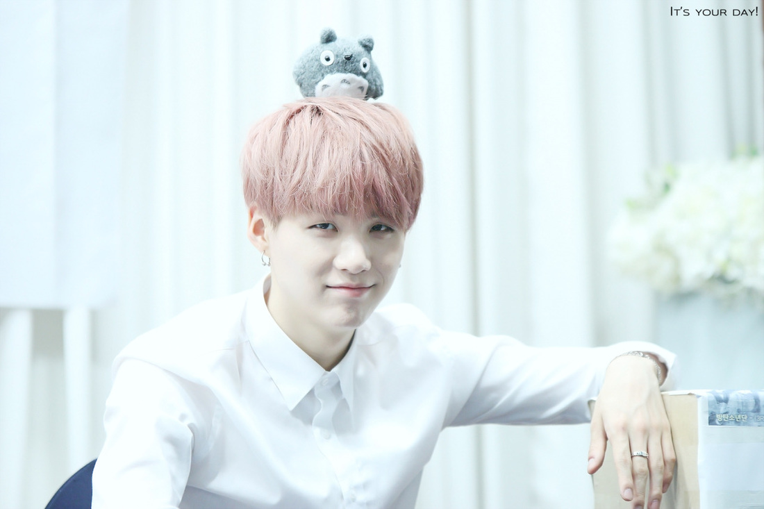 So Cute Boy Wallpaper 150525 Busan Fansign Suga 105pics Suga Updates
