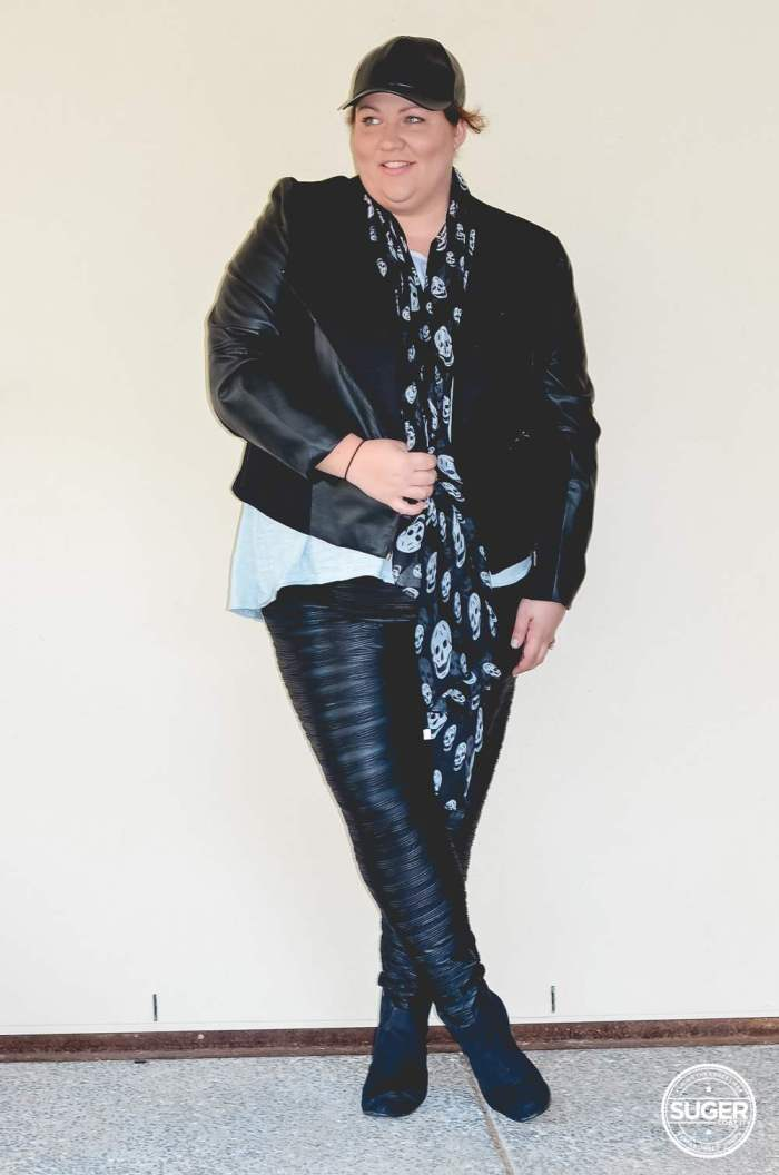 plus size casual leather outfit for winter-3
