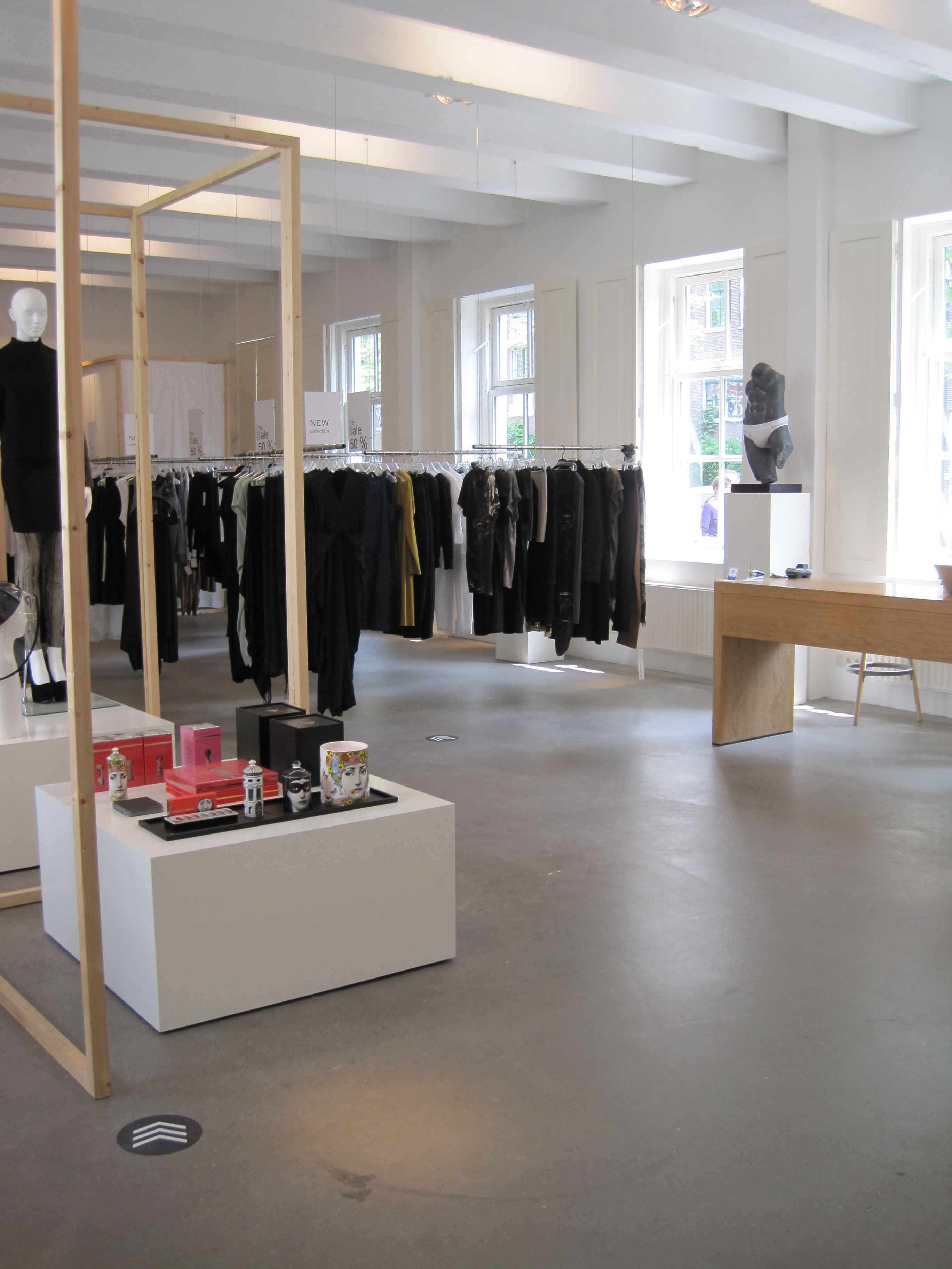 Droog Design Amsterdam Design Suits And Shots
