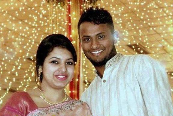 Enamul Haque Junior Bangladeshi Cricketer with his wife