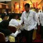 Rektor UNP Salami Mahasiswa Baru