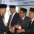 Rektor UNP Lantik 3 Kepsek Sekolah Labor