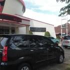 Anggota DPRD Padang Enggan Kembalikan Mobnas