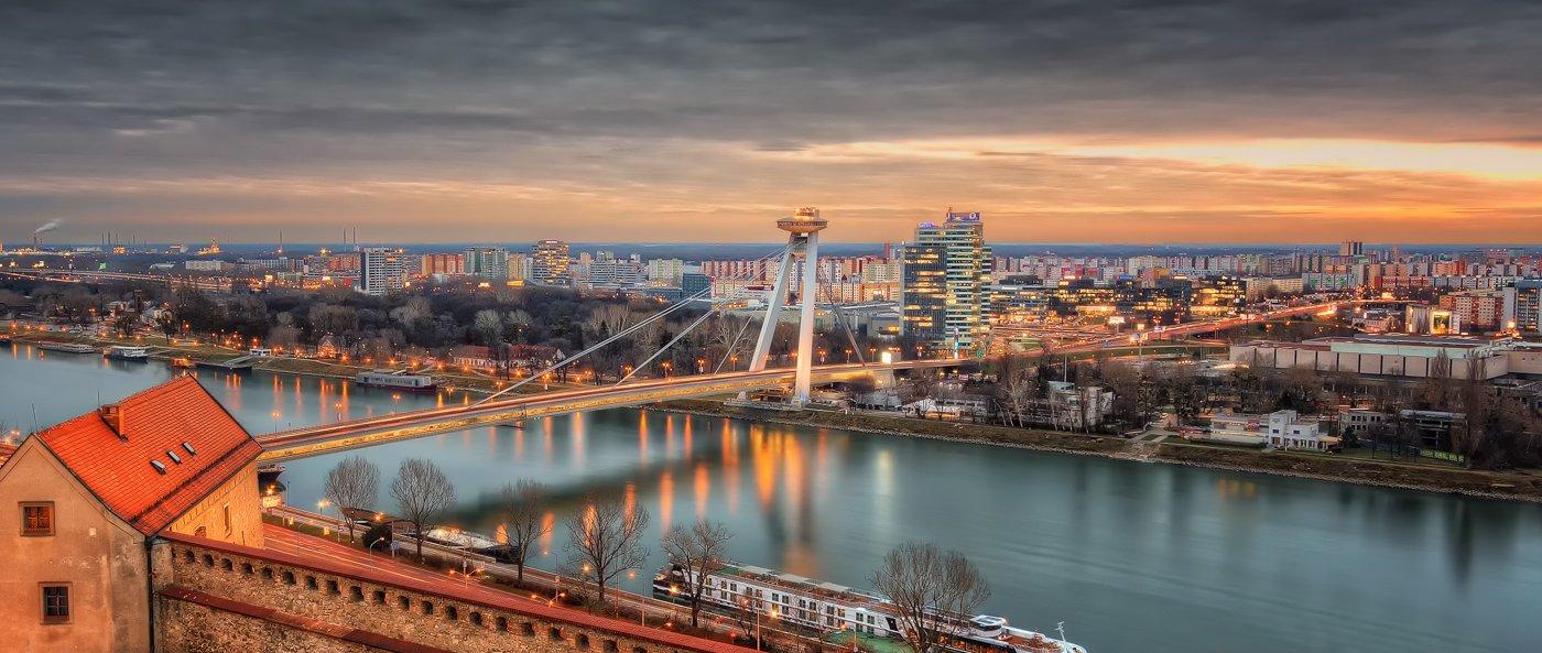 Fall Leve Wallpapers Independence Day Bratislava Slovakia Sumfinity