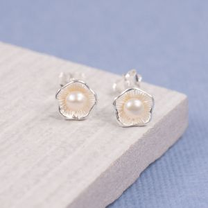 Maritima Pearl Cup Stud Earrings