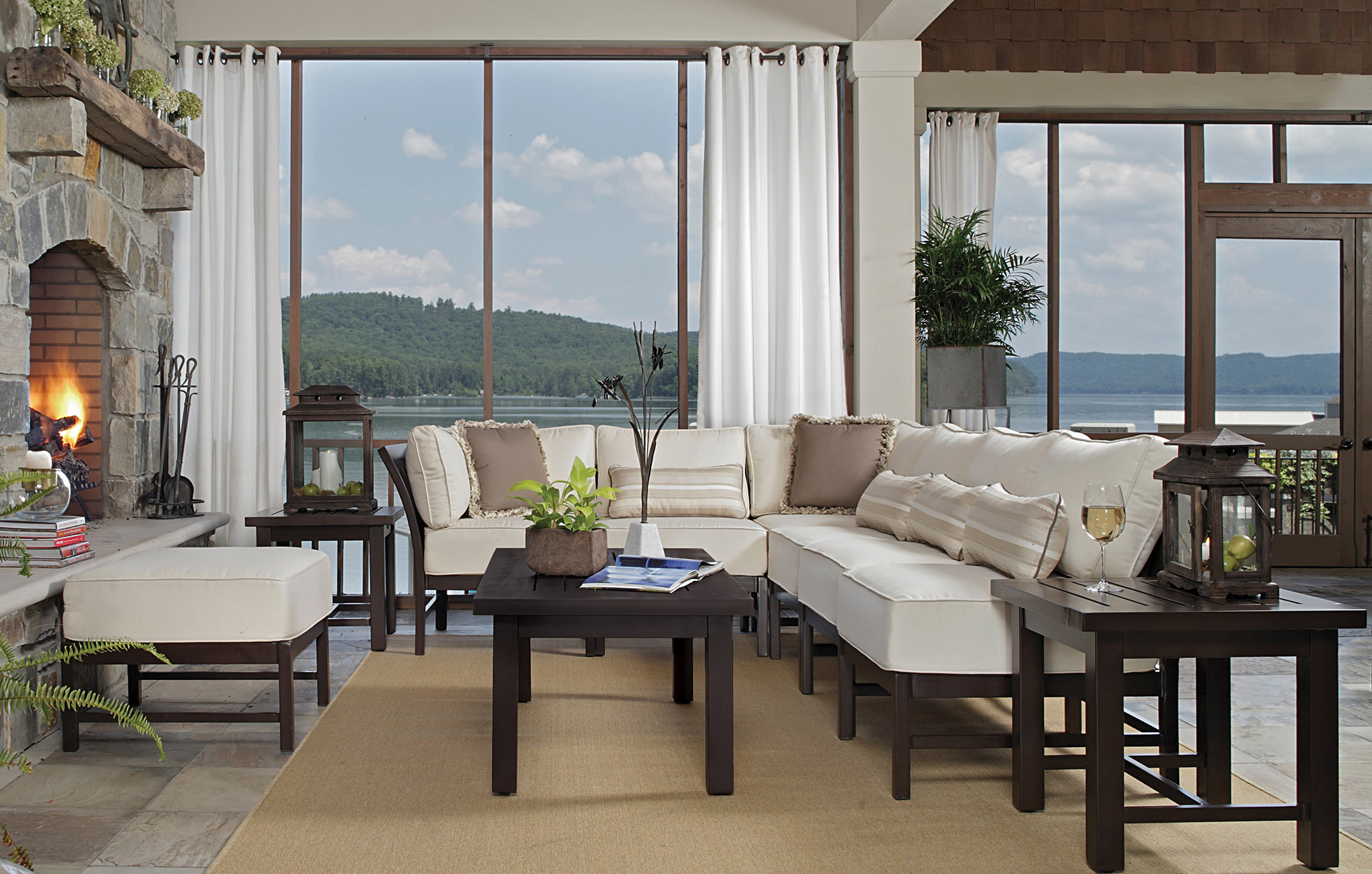 Using Outdoor Furniture Indoors Inside Out Selecting Outdoor Fabrics And Upholstery For