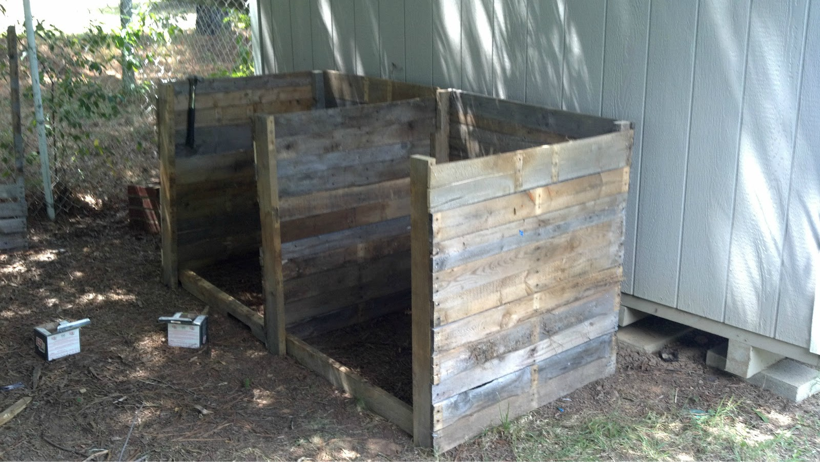 Diy Compost Bin Plans How Not To Build A Compost Bin Summers Acres