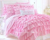 DREAMY PINK FAIRY TALES RUFFLED QUILT FULL / QUEEN