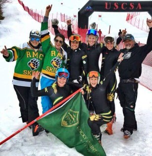 The RMC Women's Ski Team celebrates a er a big win.