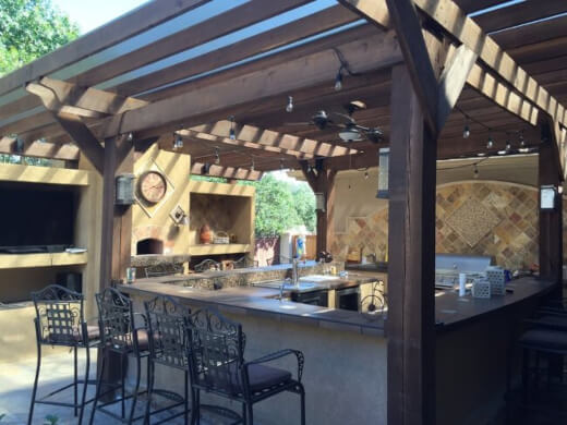 Outdoor kitchen increases the value of your home